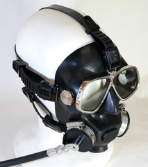 Fisheries simplified surface-supply diving mask